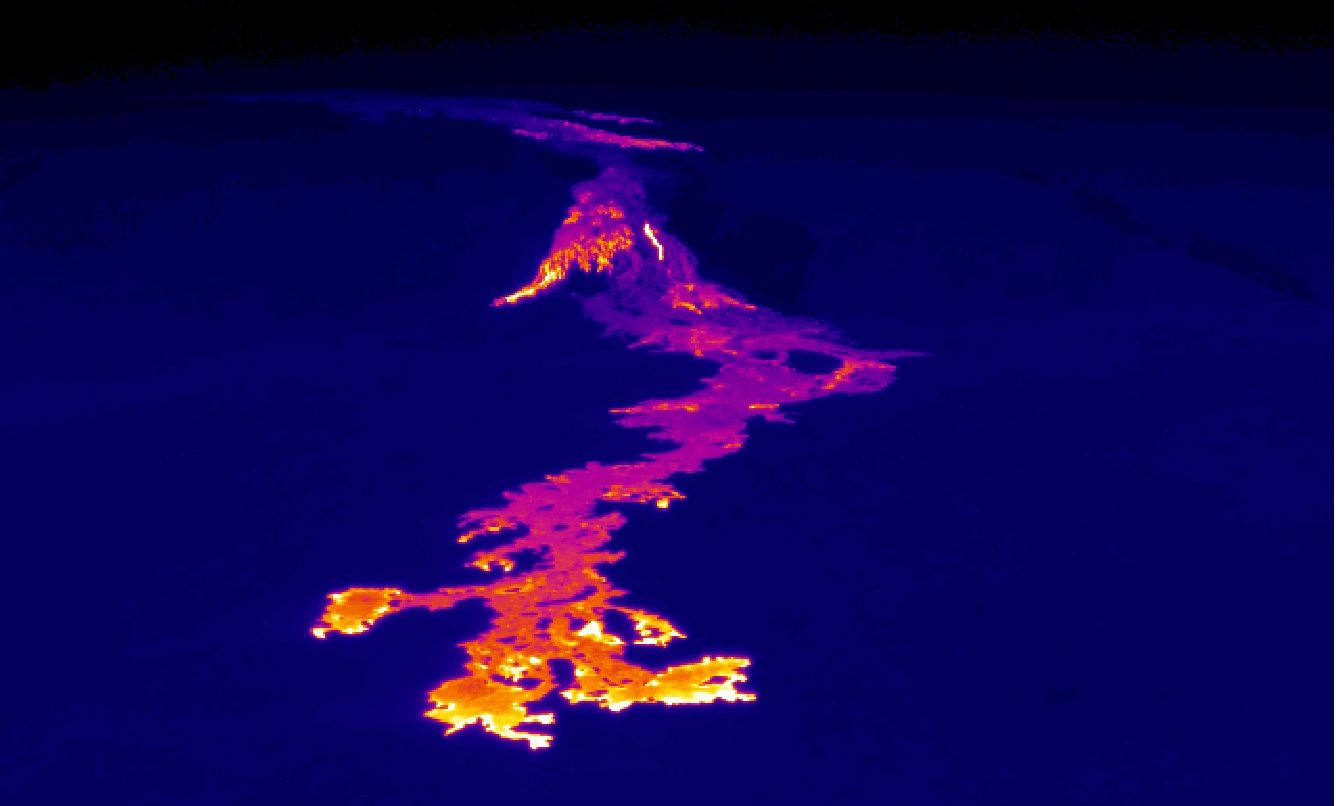 Pu'u O'o - the 61g lava flow on the costal plain, 06.05.2016, and its thermal image - Photos HVO