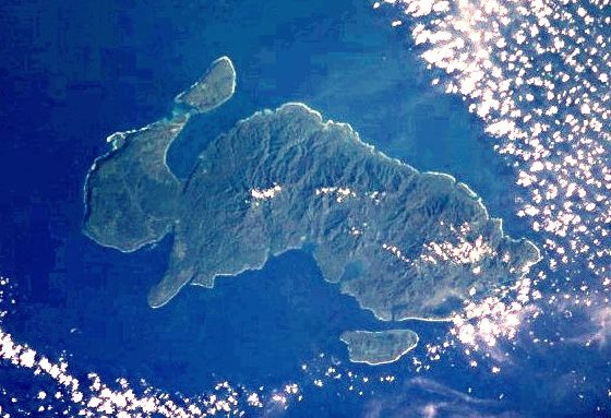 Nendo, the largest island of the archipelago Santa Cruz / Solomon islands - phot NASA / ISS006-E-40027