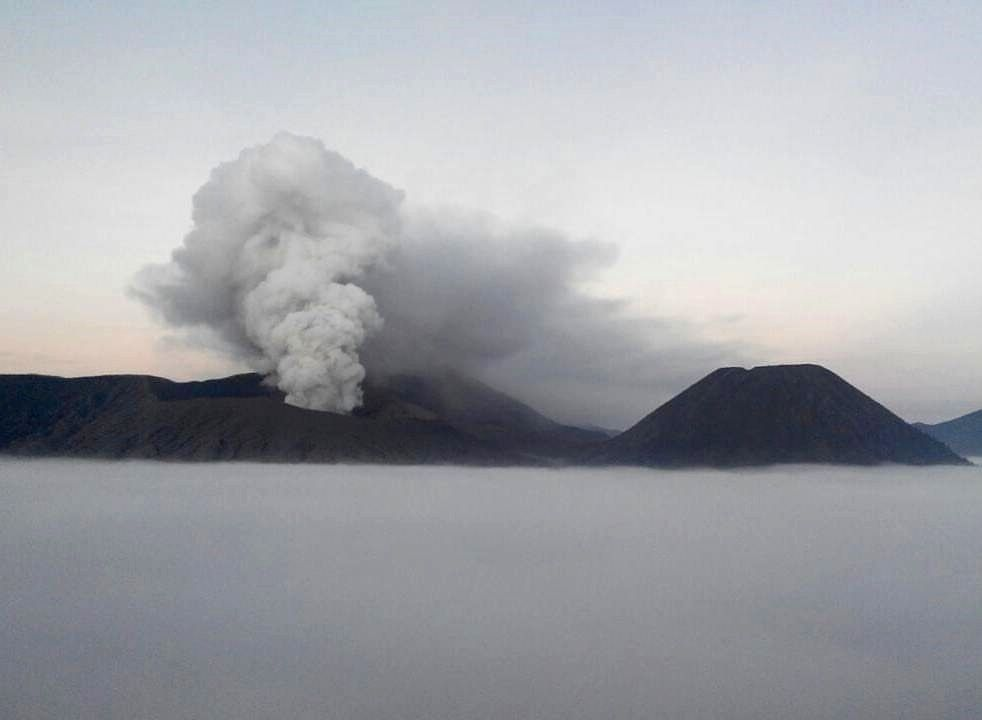 Bromo - 07.19.2016 / 5:40 loc - photo PVMBG