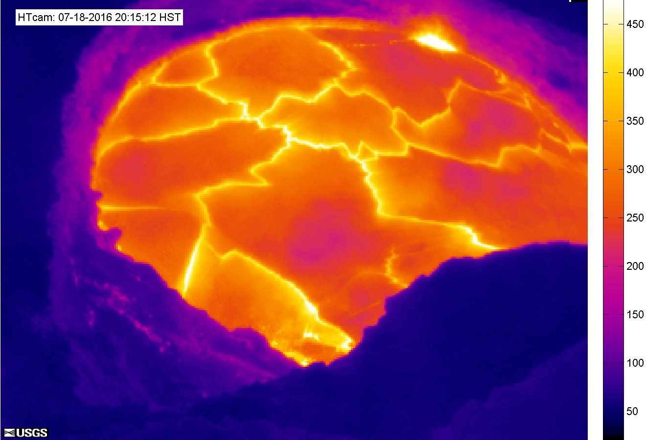 Kilauea - Halema'uma'u the lava lake 07.18.2016 / 8:15 p.m. HST - heat HVO webcam