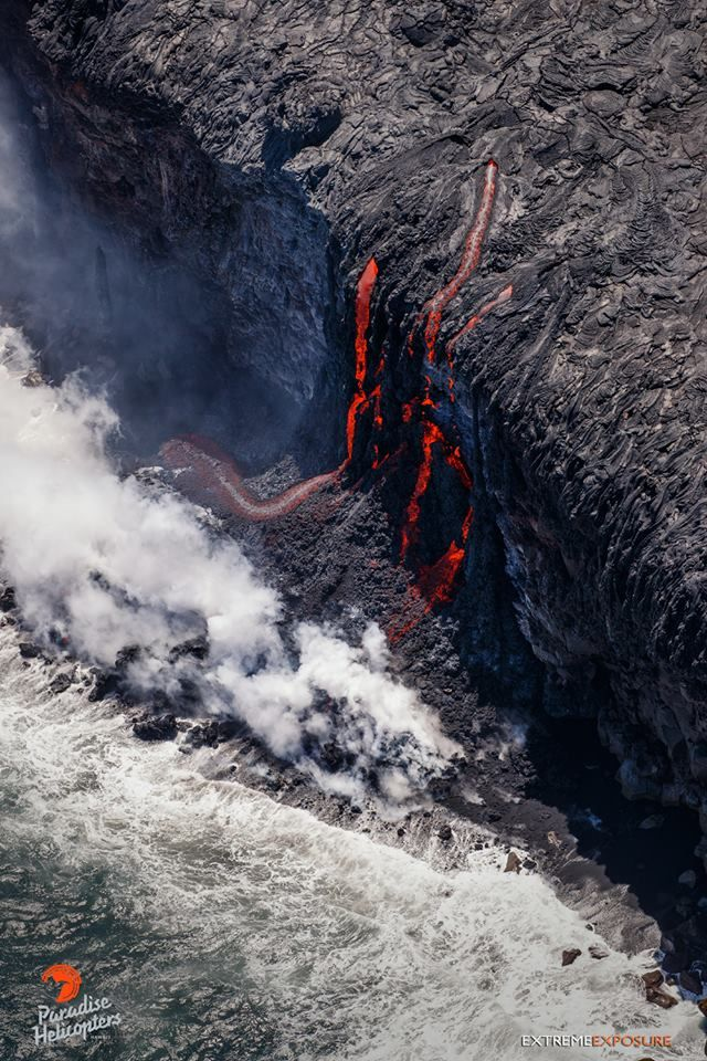The lava of the 61G flow entering the ocean - photo Paradise helicopters 26.07.2016 / 02:00 p.m.