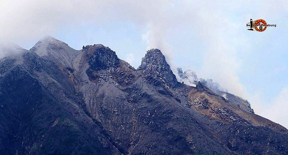 Changes at the top of Sinabung - photo 18.08.2016 Hasron David Ginting via Kominitas Beidar Sinabung