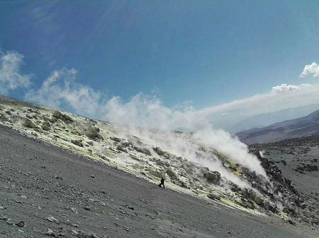 Sabancaya - field fumaroles - photo OVI 08/25/2016