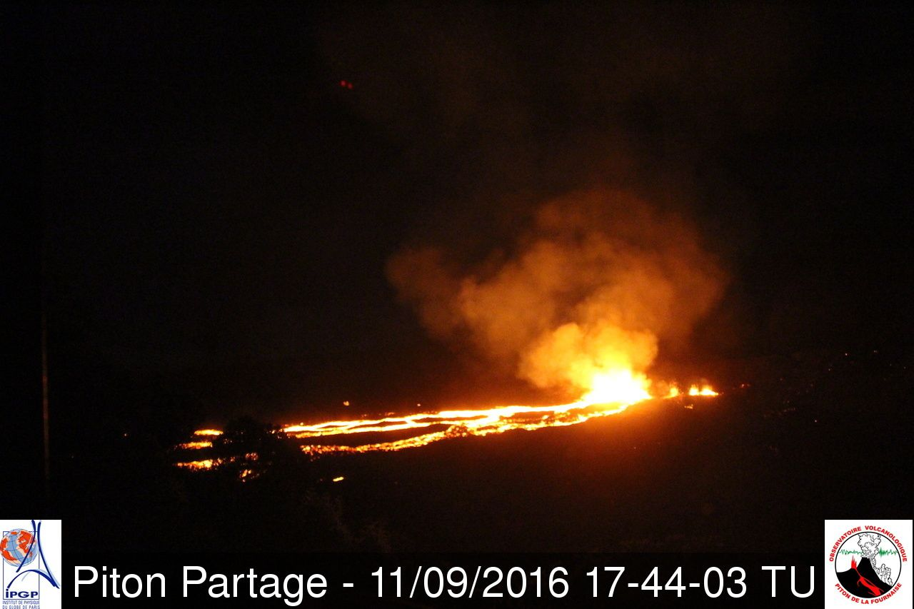 Piton de la Fournaise - 11.09.2016 / 5:44 p.m. GMT - webcam Piton Partage - webcam OVPF