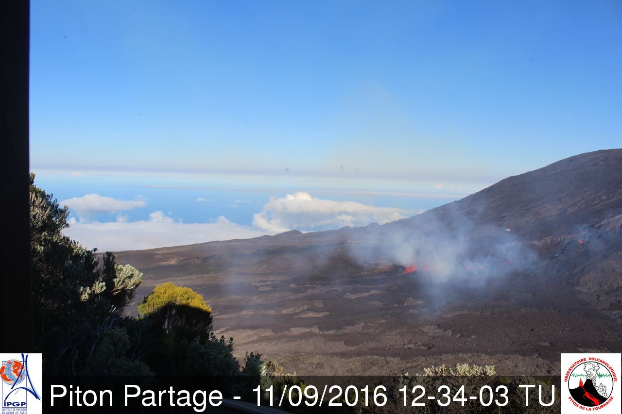 Piton de la Fournaise - 09.11.2016 / 12:34 GMT - webcam Piton Partage - webcam OVPF