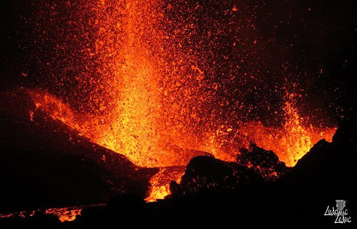Piton de la Fournaise - 13/09/2016 - Spaterring & overflow of lava - photo Ludovic Leduc / Objective volcanoes