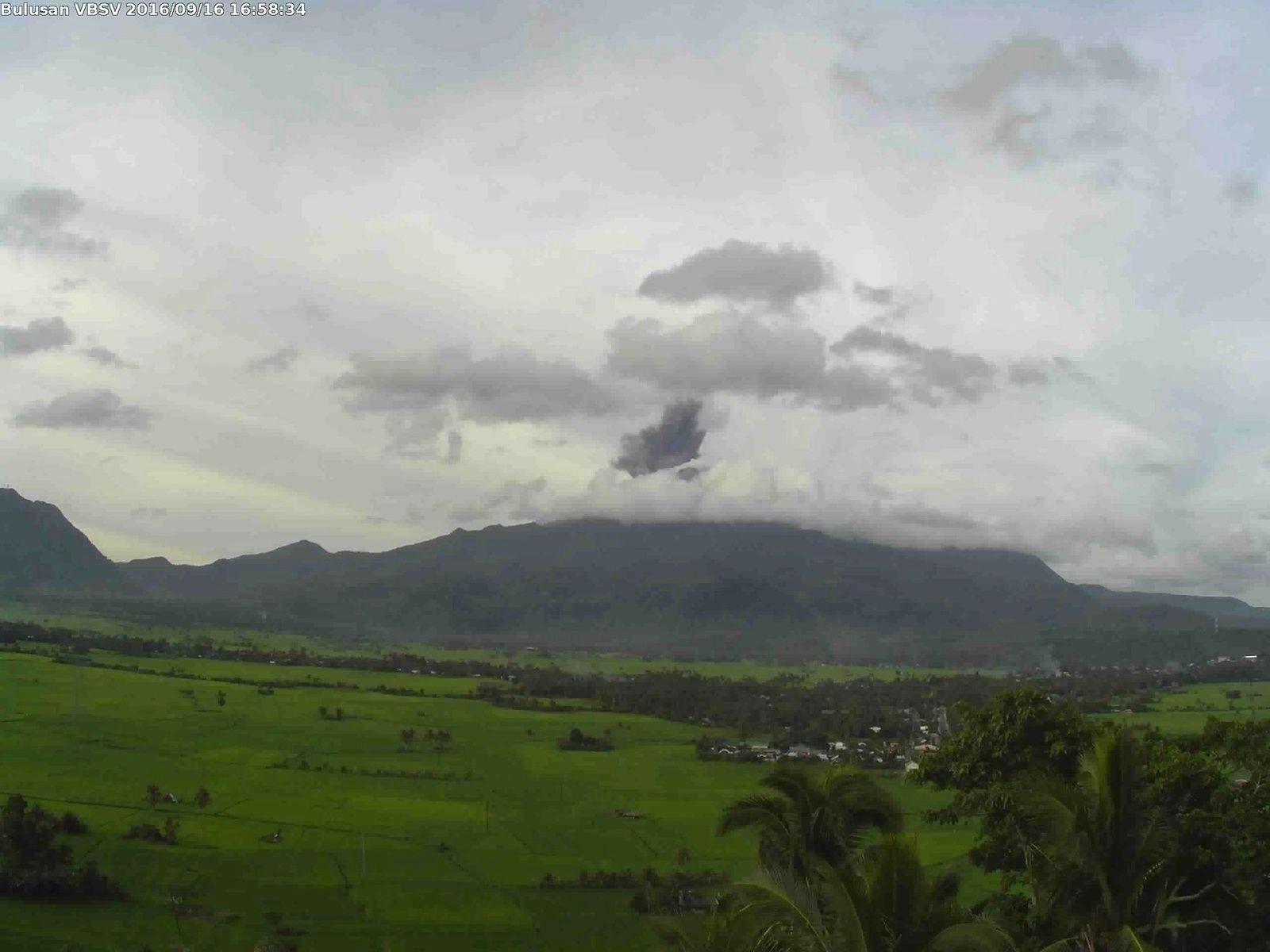 Bulusan - phreatic eruption of 09.16.2016 - photo Phivolcs- Dost