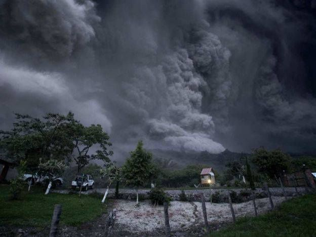 Colima - coulée pyroclastique du 01.10.2016 - photo EFE