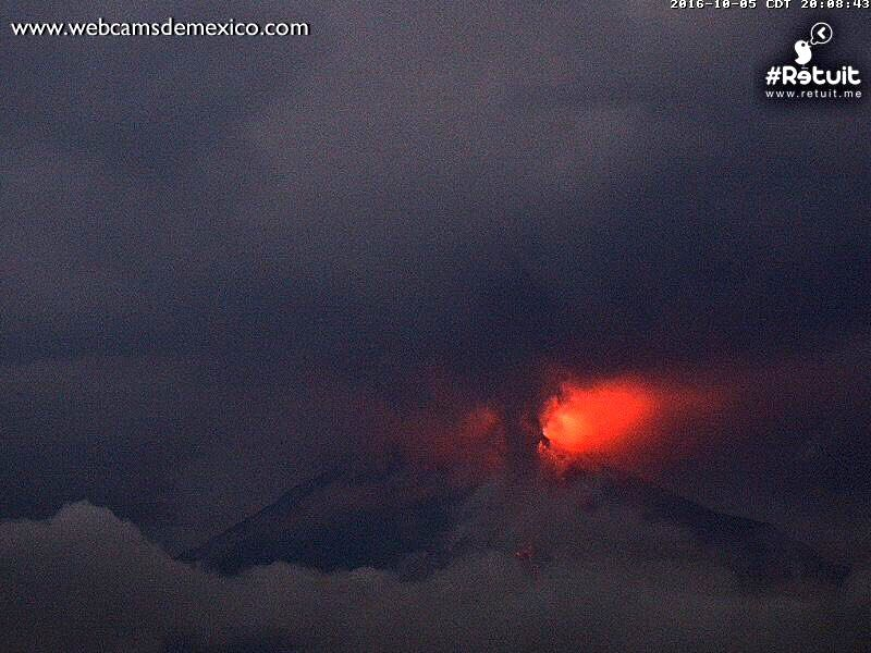 Colima - 05.10.2016 / 20h08 loc. - photo WebcamsdeMexico / Retuit