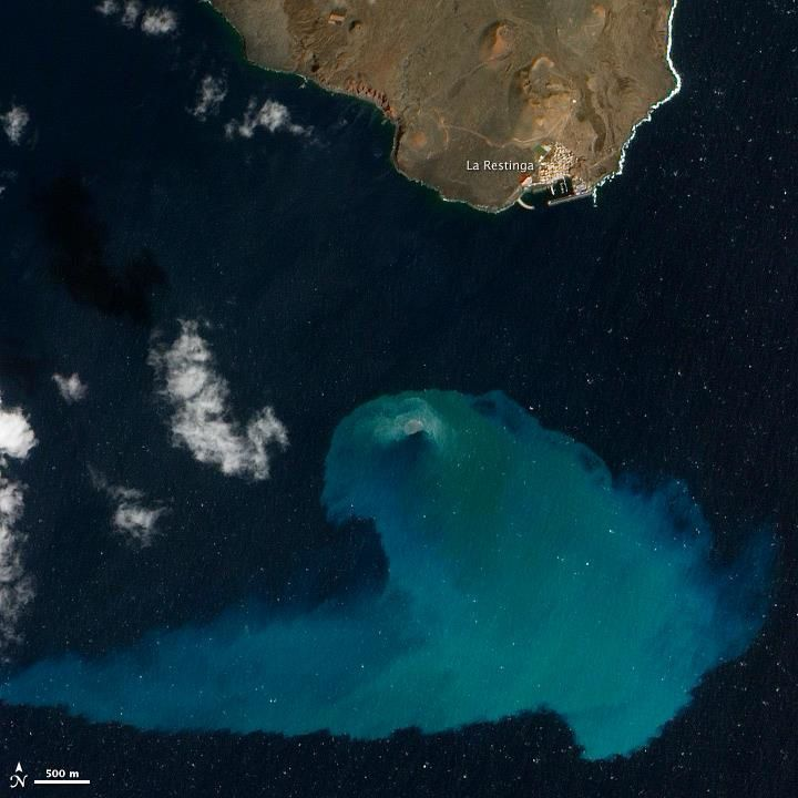 The submarine eruption off the Restingua / El Hierro, seen by NASA