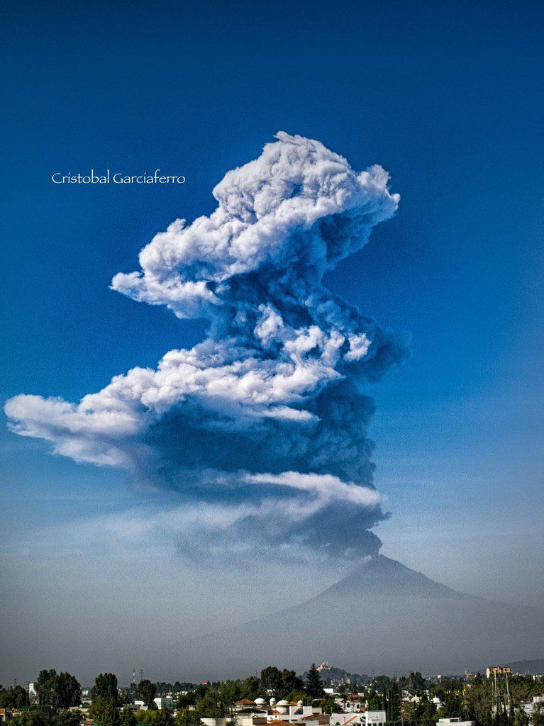 Popocatépetl - 25.11.2016 - photo Cristobal Garciaferro. Via Webcams from Mexico