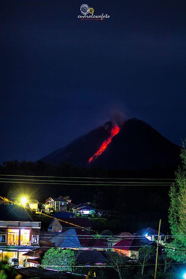 Sinabung - 09.12.2016 / 22h37 - photo Endro LEwa