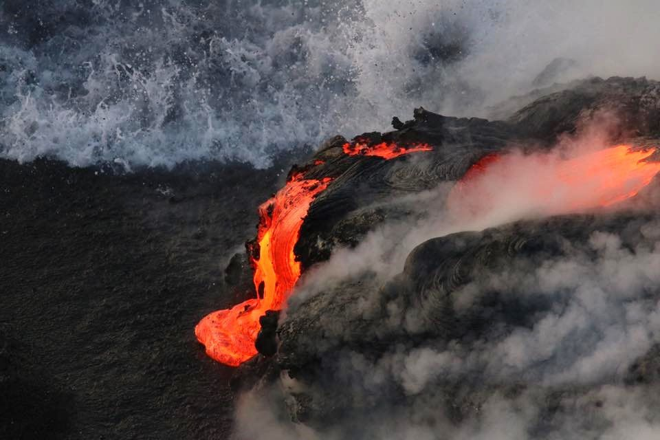 Kamokuna - entryof lava in the Pacific - photo EpicLava 08.12.2016
