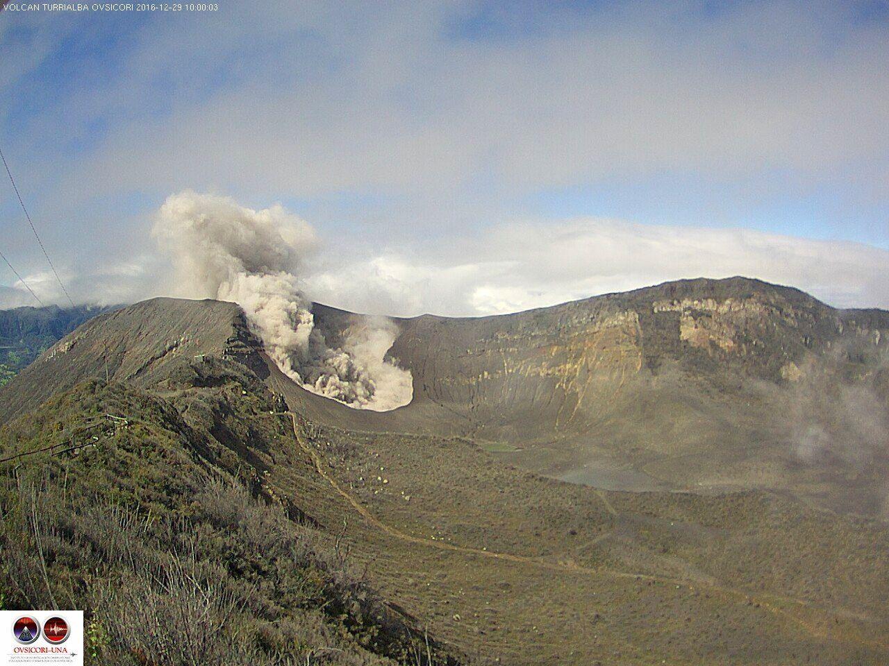 Turrialba - activity of 29.12.2016 / 10h - webcam Ovsicori