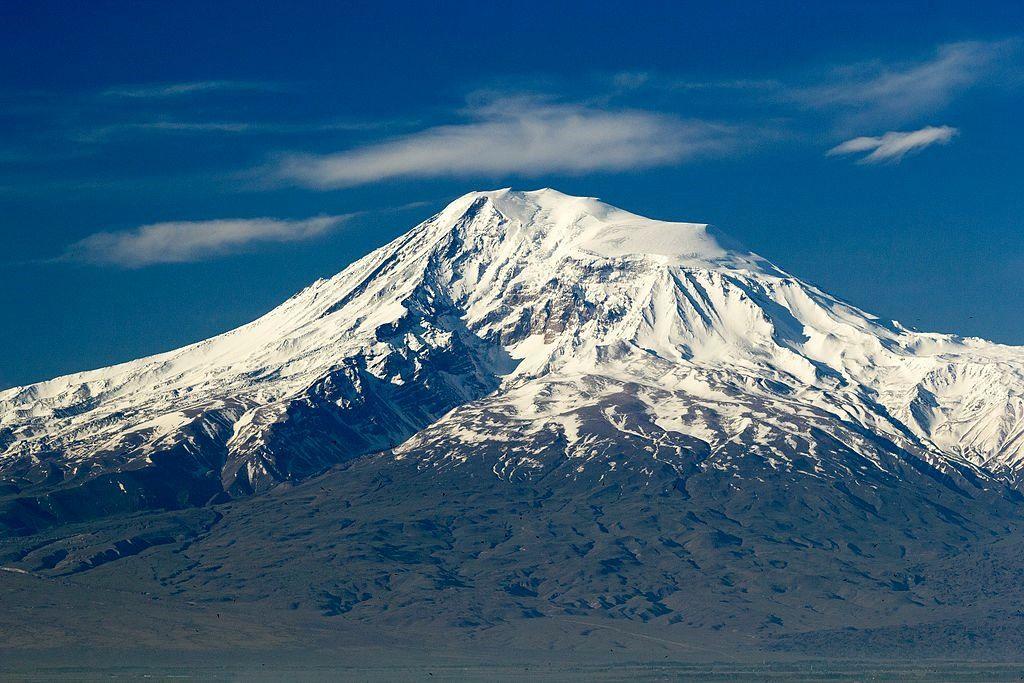 The greater Ararat - photo Ուրիշե նան - Serouj Ourishian