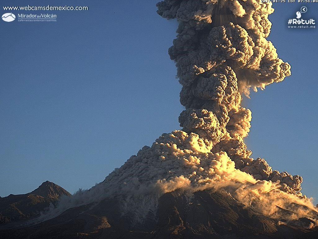 Colima - coulée pyroclastique - image 25.01.2017 / 7h51 webcamsdeMexico