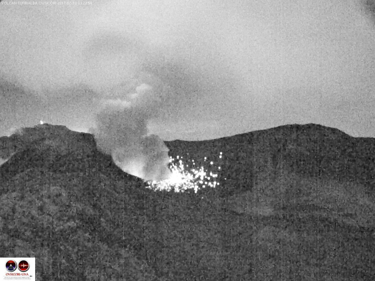 Turrialba 13.02.2017 / 3h24 -  photo webcam Ovsicori (en IR)