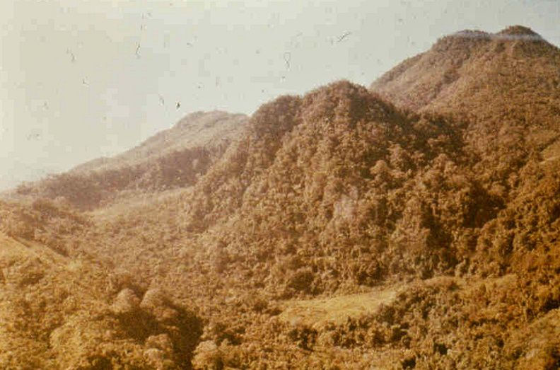 El Chichon - from left to right : before 1982 / © Montesino, during the eruption of 1982 and the summit after this eruption / GYMSA - a click to enlarge