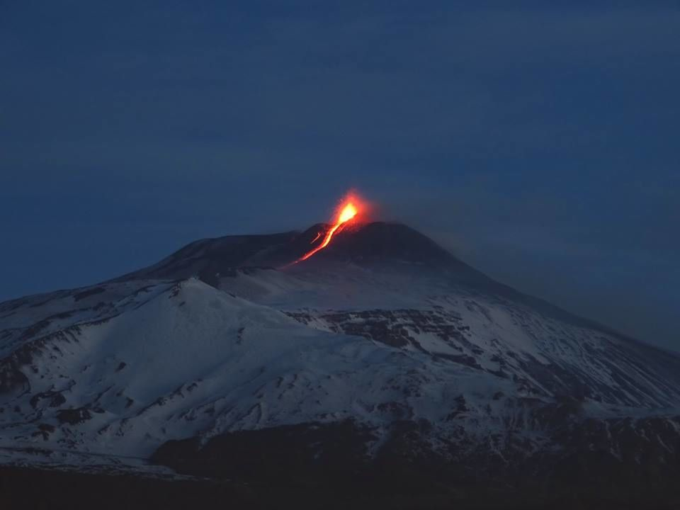 Etna en éruption ce 1°mars au petit matin - photo Boris Behncke