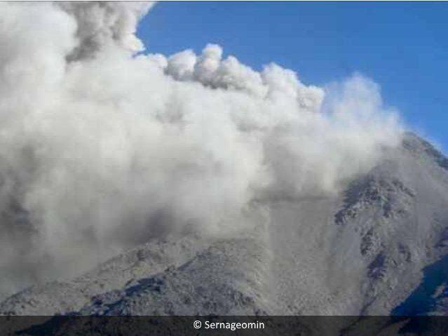 Nevados de Chillan - 18.04.2017 / 17h15 loc. - photo Sernageomin