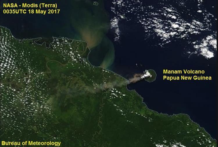 Manam - début de l'épisode en cours - photo Nasa Terra Modis / 18.05.2017