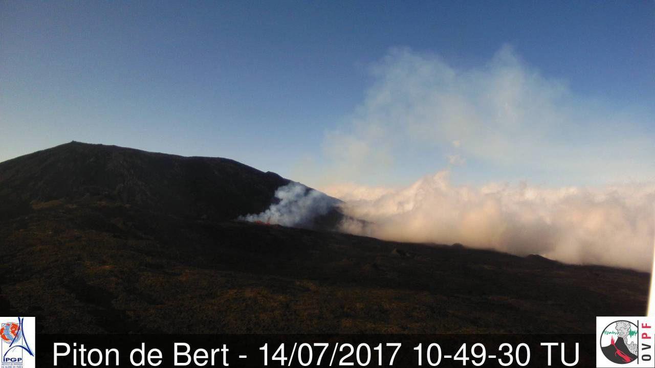 Piton de La Fournaise - 14.07.2017 / 10h49 TU / Camera Piton of Bert - OVPF