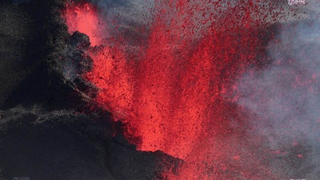 Eruption au Piton de La Fournaise - 14.07.2017 - Photo Imazpress