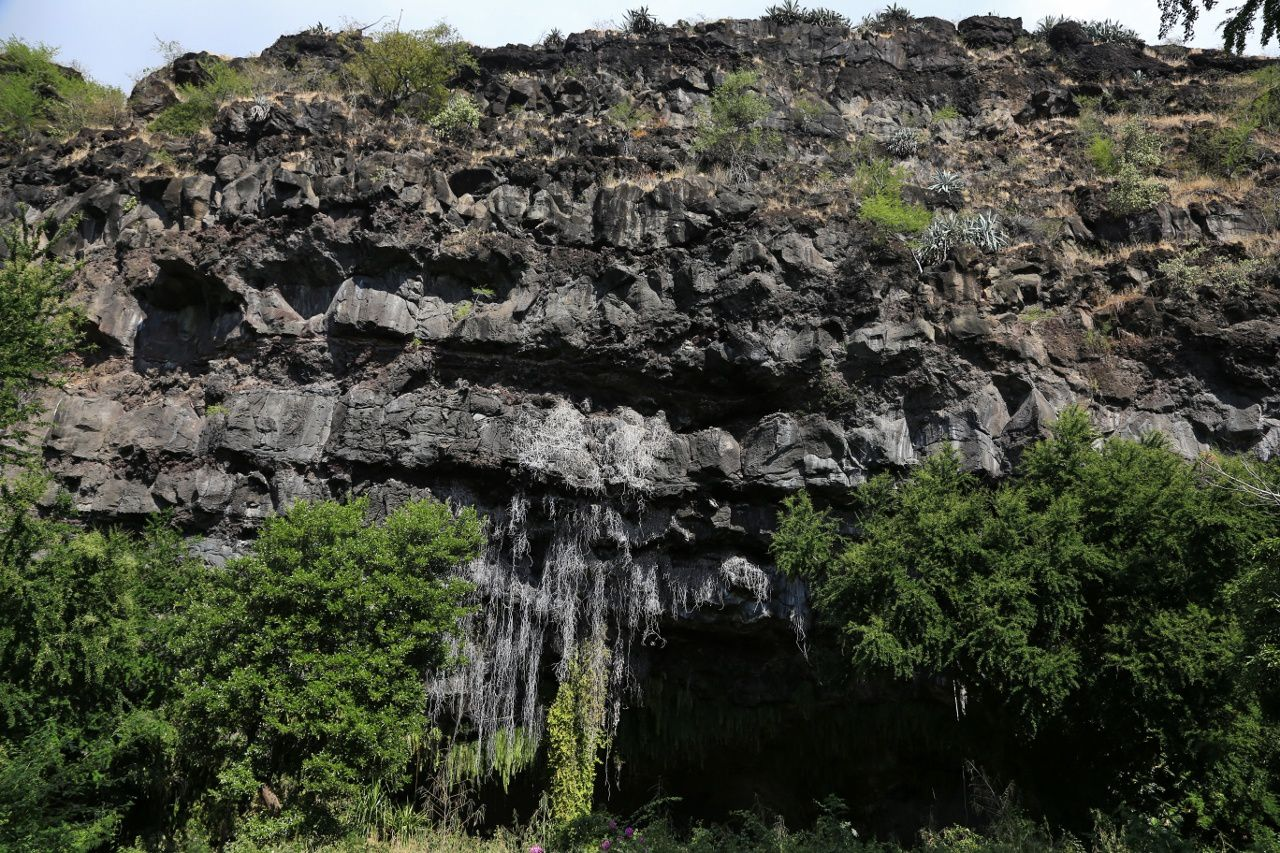 """Planèze du Grand Bénare - the """"Cave of the First French"""" - photo © Bernard Duyck / june 2017"""