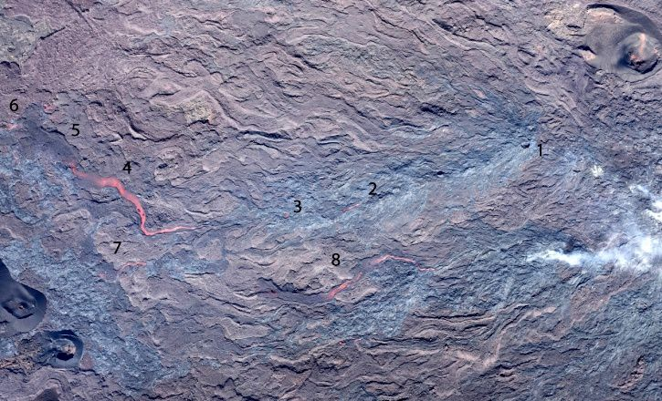 Piton de La Fournaise - 02.08.2017 - tunnels and lava flows at 10:30 am local time. (© OVPF-IPGP)