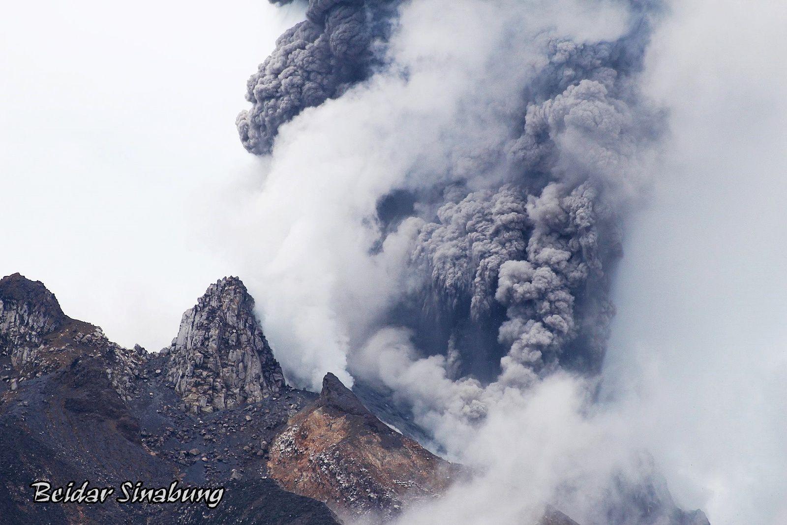 Sinabung - 27.09.2017 /  13h23 Wib  - photo Firdaus Surbakti via Komunitas Beidar Sinabung