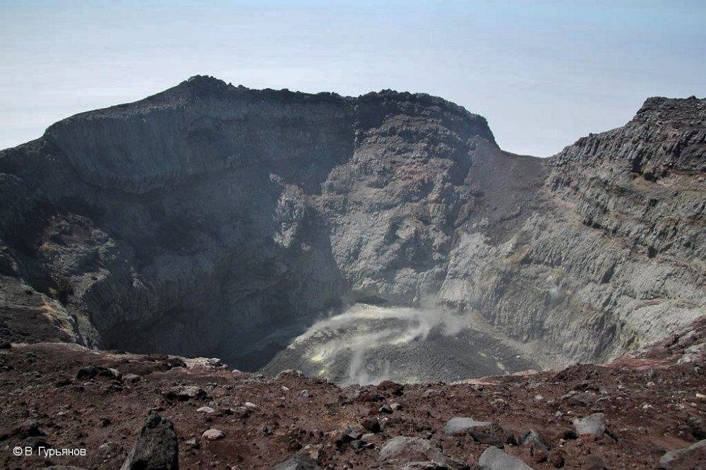 Sarychev peak cratère - photo V. Gurianov, Institute of Volcanology and Seismology FEB, RAS, KVERT. / 06.2017 - GVP