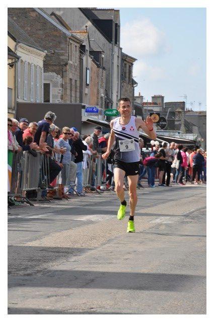 Saint Vaast la Hougue :Semi marathon, Côte des Vikings, Arrivée