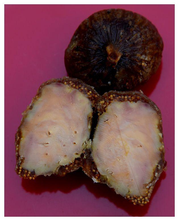 un régal, les figues fourrées au foie gras