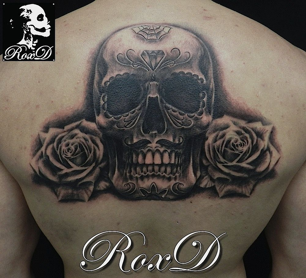 skull roses tattoo by RoxD