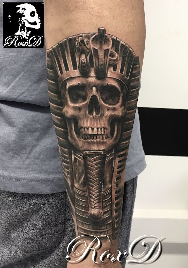 pharaon skull tattoo