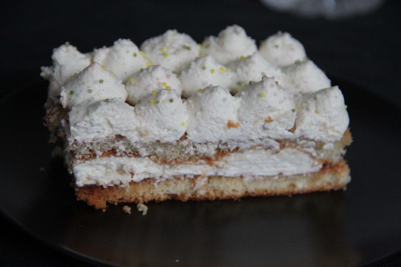 Gâteau moelleux vanille groseilles