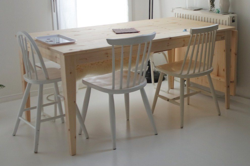 Chaises Thonet 18 Ou Scandinave Eames DSW