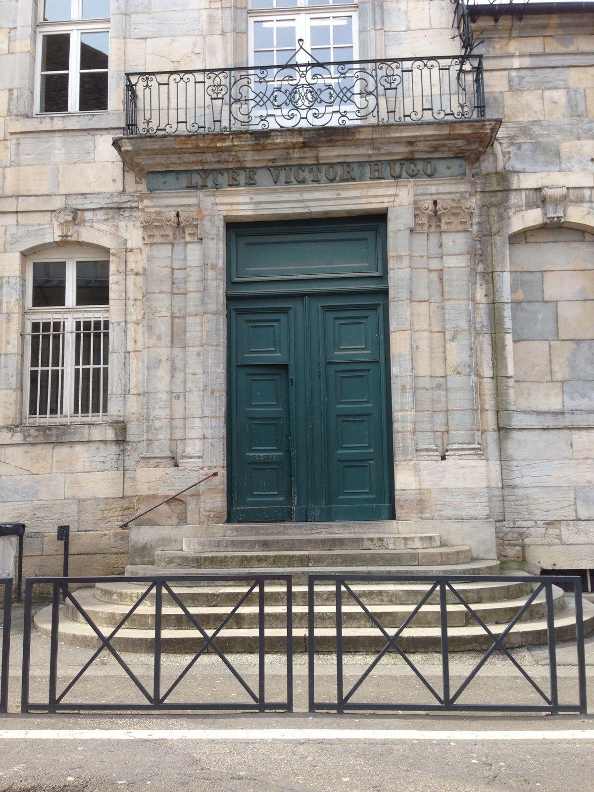 Collège Victor Hugo. Lycée Louis Pasteur. Ecole Henri Fertet.