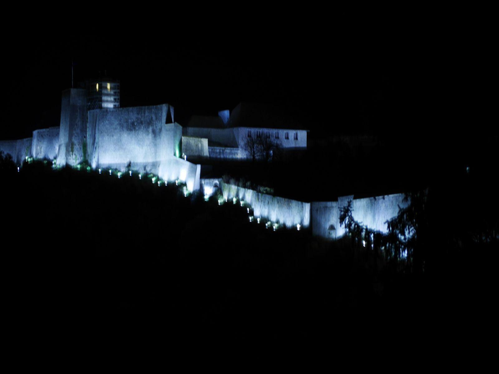Voir aussi l'article du 8 novembre : la Citadelle ...de l'autre côté !
