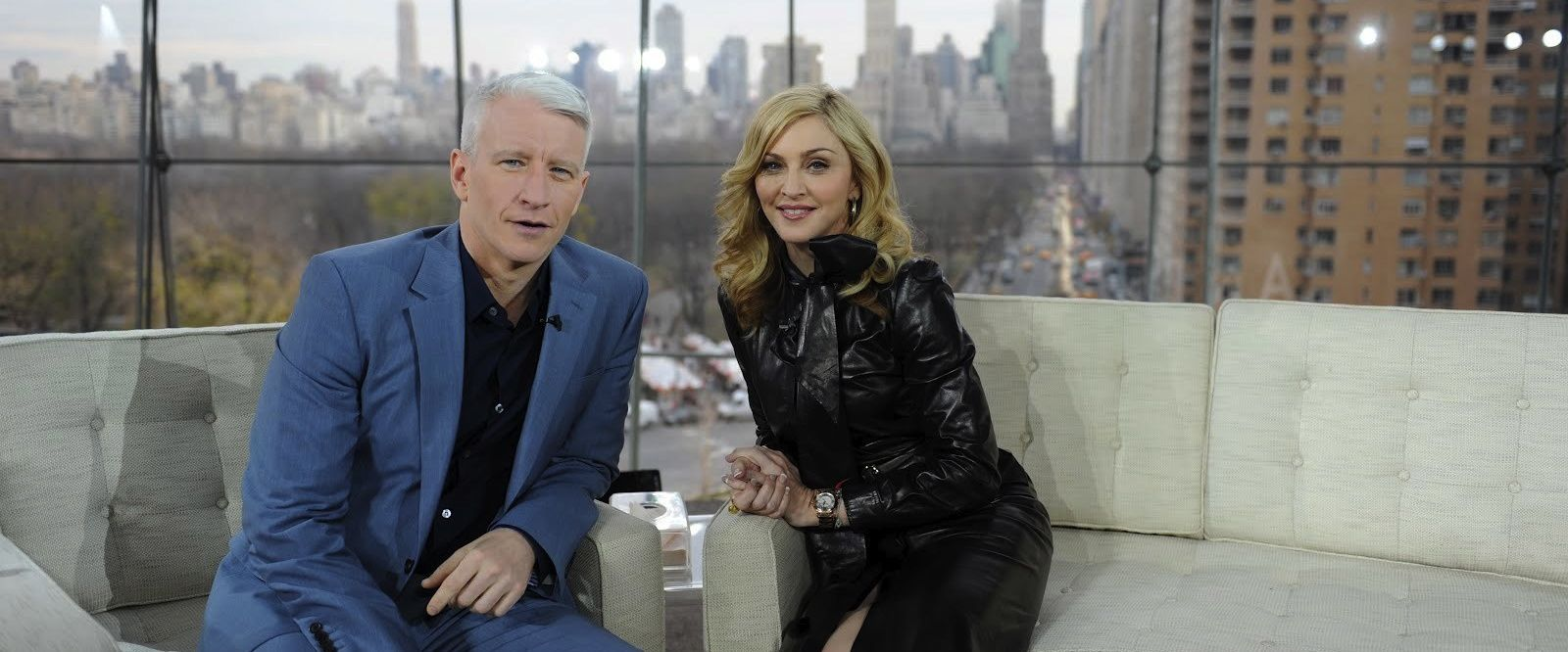 "Anderson Cooper: ""Madonna is a hard interview''"
