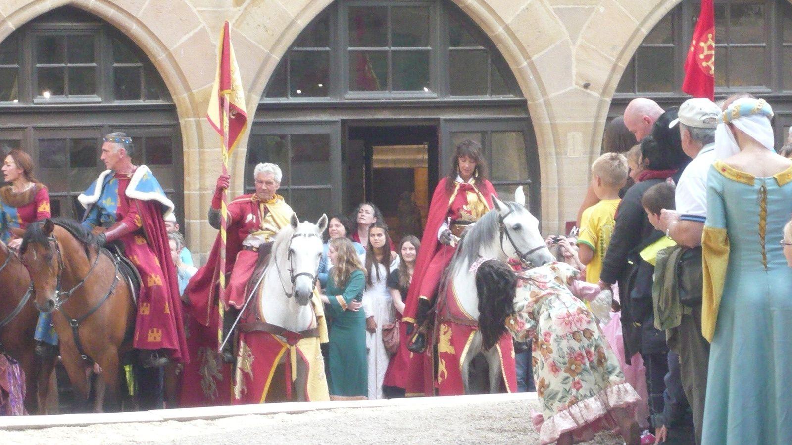 14 juillet : Cordes fête du grand fauconnier