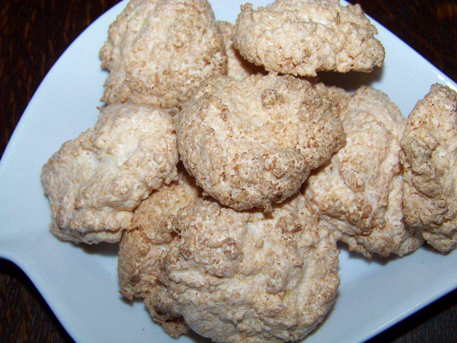 Rochers à la noix de coco.