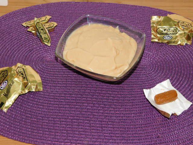 Crème dessert au caramel.