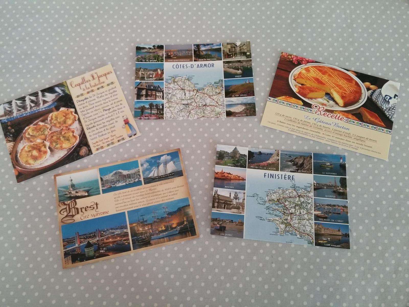 Cartes postales.....17