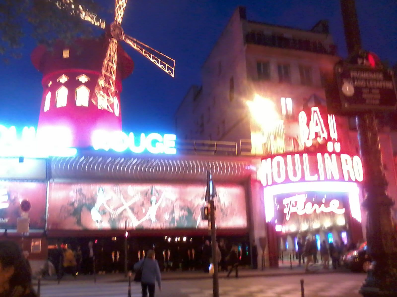 oups!! le moulin rouge!!