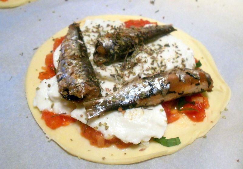 tartelettes tomates-mozza aux herbes