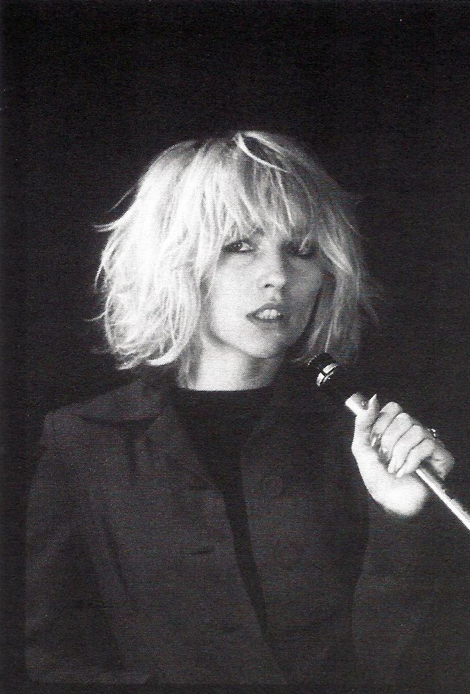 Debbie Harry,1976 - Photo by Bob Gruen