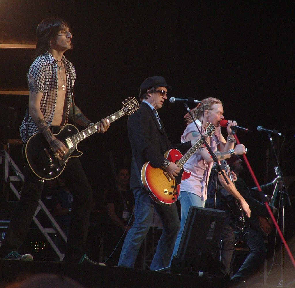 Izzy Stradlin - july 17, 2006 - Richard Fortus, Izzy Stradlin and Axl Rose