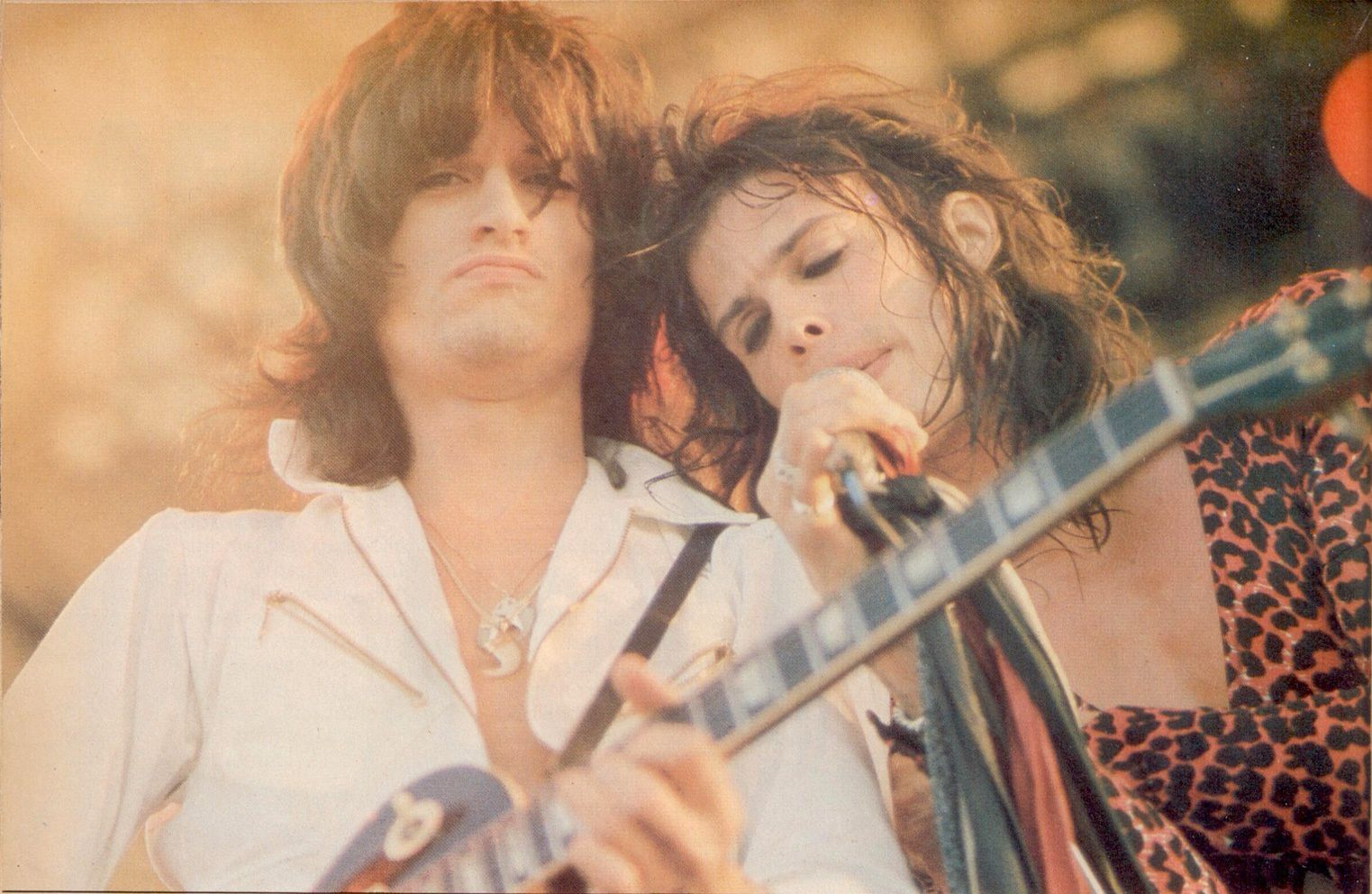 Joe Perry - 1976 - on stage with Steven Tyler
