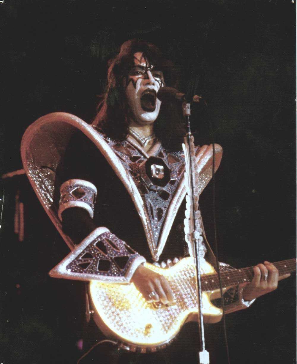 Ace Frehley - Lighted Guitar
